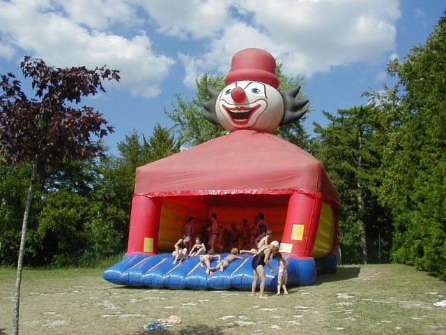 chateau clown geant - ref : CGCL
